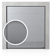 Brama przemysłowa segmentowa z dolnym panelem wentylowanym (siatka cięto ciągniona)