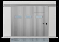Brama przesuwna podwieszana jednoskrzydłowa wypełniona blachą T-10, układ wypełnienia pionowy, brama z drzwiami przejściowymi oraz okienkami w układzie poziomym (widok z zewnątrz)
