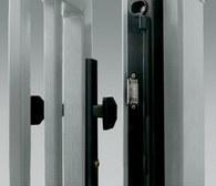 Zamek z elektrozaczepem – element systemu kontroli dostępu – służy do zdalnego odblokowania zamkniętej furtki.